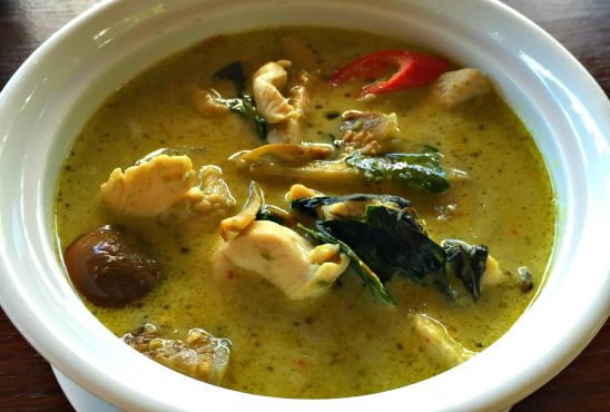 Chicken with Green Curry Sauce
